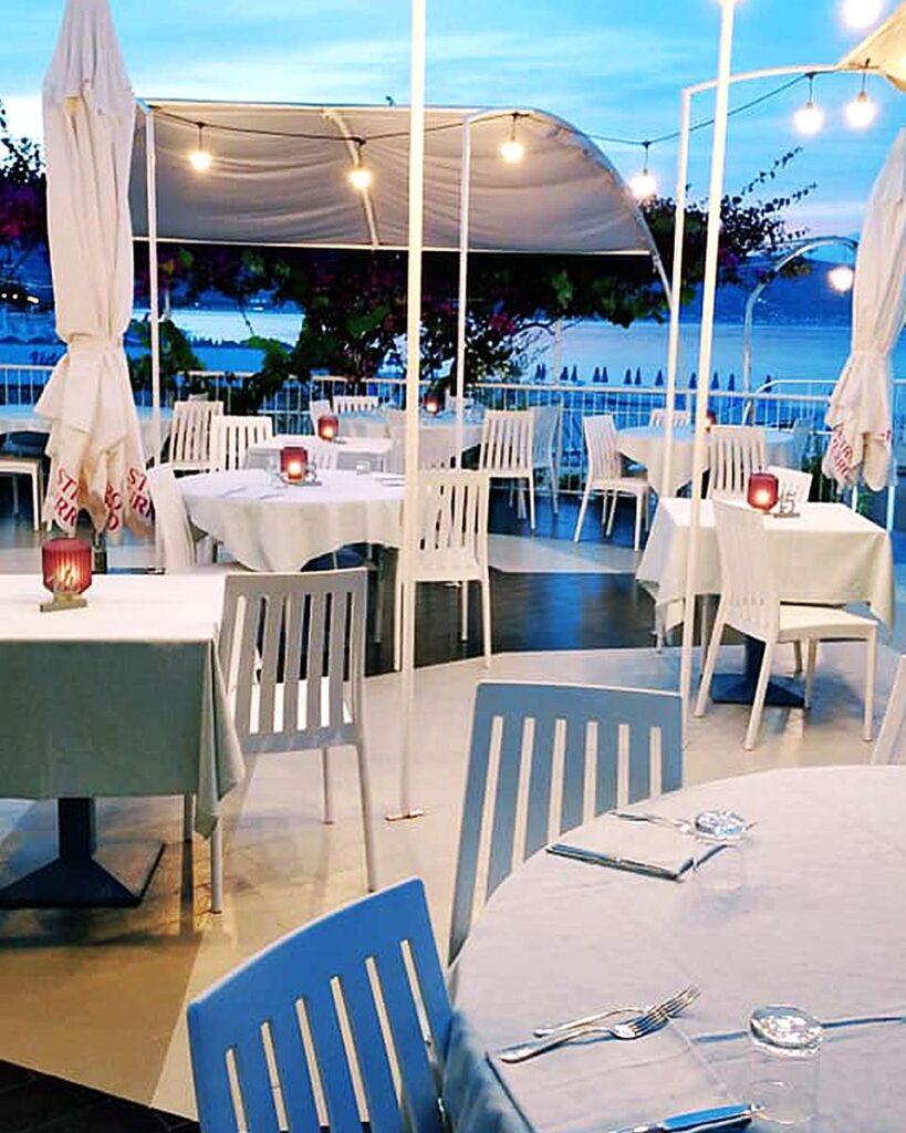 vista mare di una cena a soverato in provincia di catanzaro